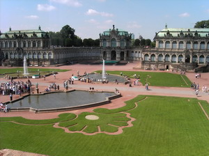 Ансамбль Цвингер в Дрездене.