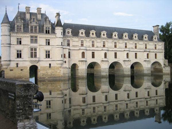 Галерея и мост замка Шенонсо 1556–1559 гг. Франция.