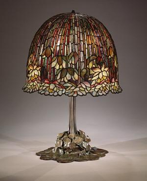 Лампа 1904-15 гг., Музей Метрополитен, США.