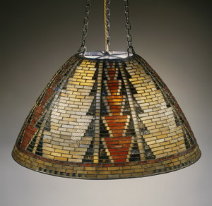Светильник 1899 г., Музей Метрополитен, США.