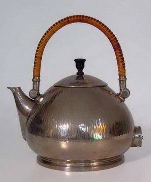 Промышленный дизайн - чайник.