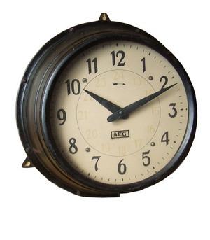 Промышленный дизайн - часы.