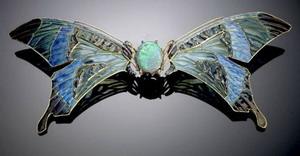 Buckle 1903-04 гг., Rene Lalique Gold, enamel, opal, sapphire.