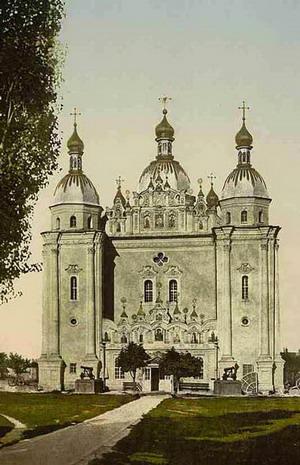 Николаевский военный собор в Киеве.