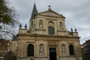 Церковь Св. Петра и Павла.